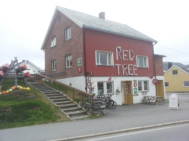 Red Tree Guesthouse Mehamn