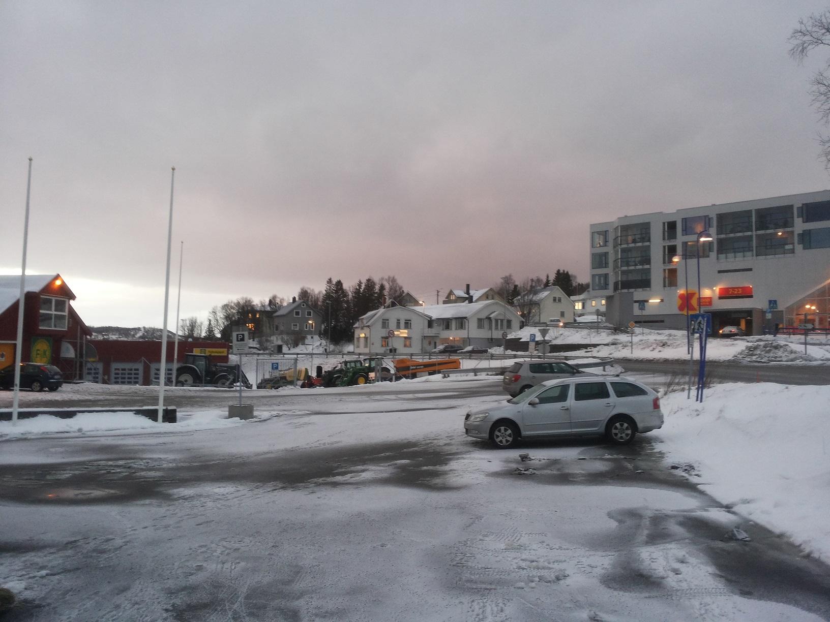 Finnsnes2
